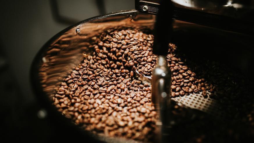 Giá nông sản hôm nay 23/2: Tiêu đồng loạt tăng, cà phê ít thay đổi - Ảnh 1.