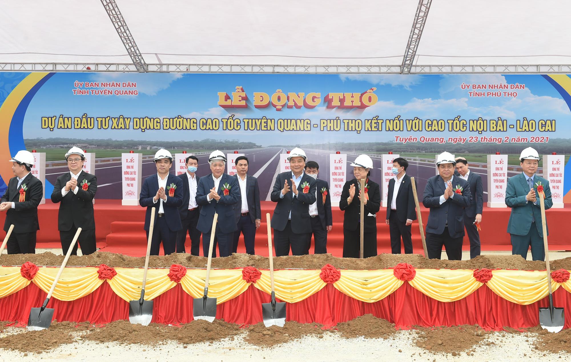 Thủ tướng: Tuyên Quang phải trở thành cứ điểm quan trọng của ngành gỗ Việt Nam - Ảnh 3.