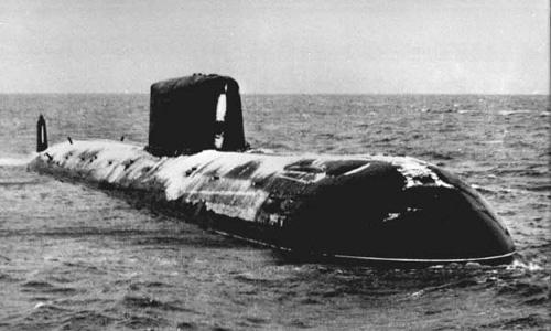 Tàu ngầm nguyên tử Komsomolets: Cỗ quan tài khổng lồ của hải quân Nga - Ảnh 1.