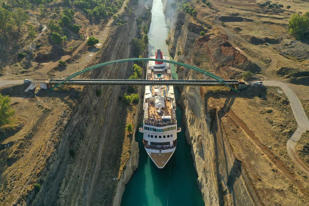 Sững sờ trước vẻ đẹp ngoạn mục của loạt kênh đào nổi tiếng trên thế giới - Ảnh 2.