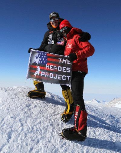 Kionte Storey - người đàn ông khuyết tật truyền cảm hứng nhờ trở thành vận động viên leo núi - Ảnh 4.