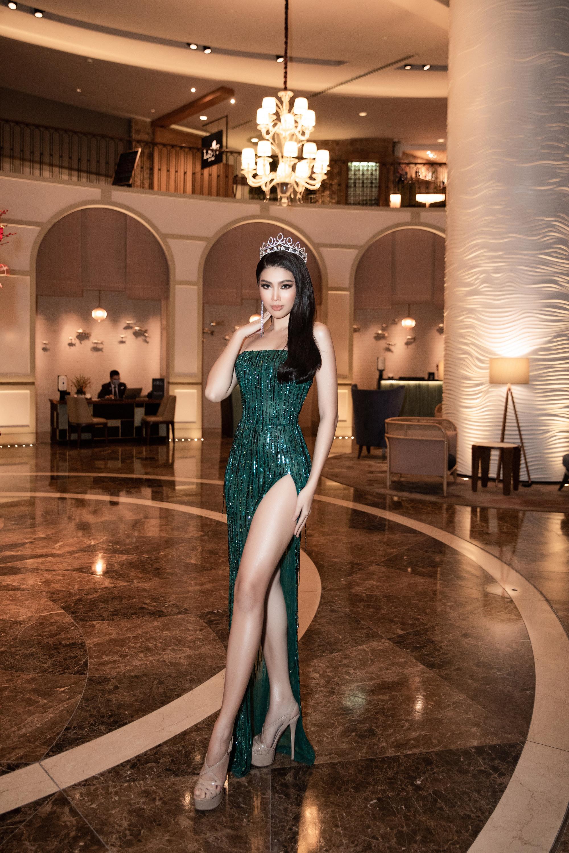 Á Hậu Ngọc Thảo đại diện Việt Nam thi Miss Grand International 2020 tái hiện màn cung đấu với Kiều Loan gây bão mạng - Ảnh 3.