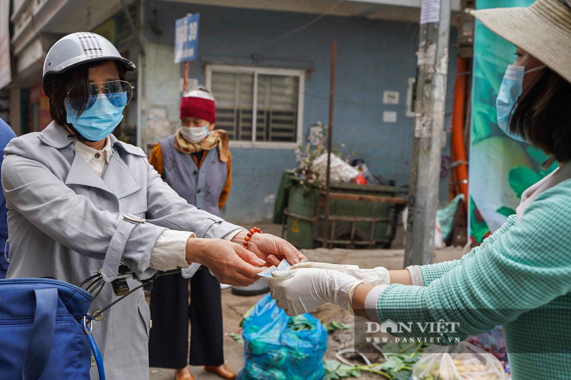 Hơn 4 tấn nông sản ở Mê Linh được giải cứu trong sáng nay - Ảnh 9.