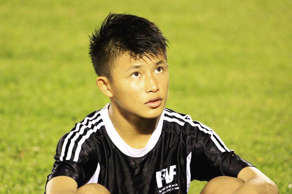 Bạn trai cũ của Yến Xuân: Tuyển thủ U22 Việt Nam, điển trai và cao 1m76 - Ảnh 4.
