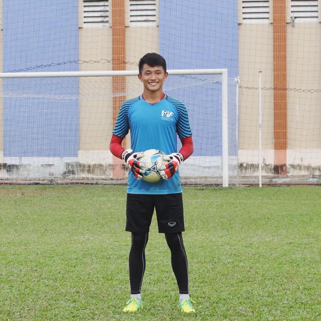 Bạn trai cũ của Yến Xuân: Tuyển thủ U22 Việt Nam, điển trai và cao 1m76 - Ảnh 3.