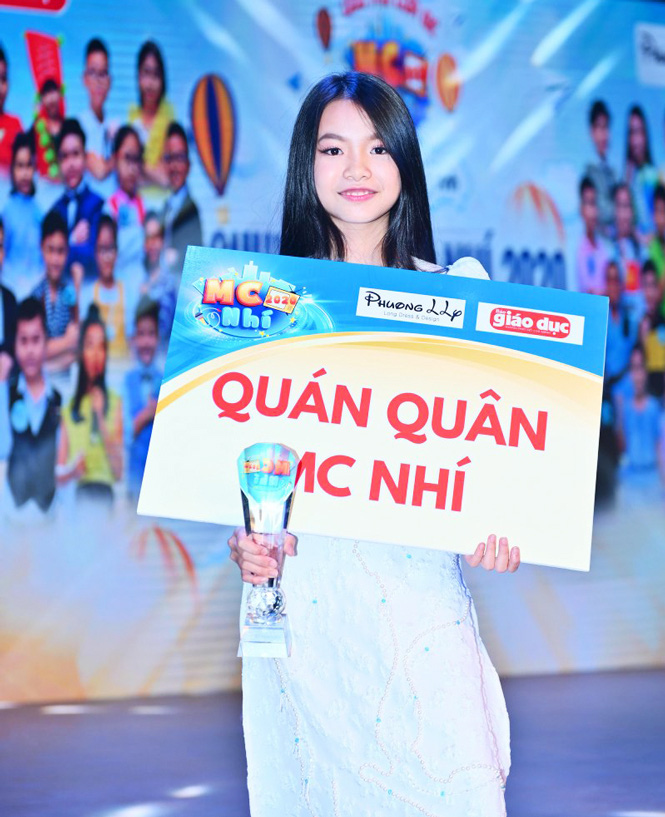 Con gái phụ công Nguyễn Hoàng Thương: Xinh xắn, tài năng, là MC tương lai - Ảnh 1.
