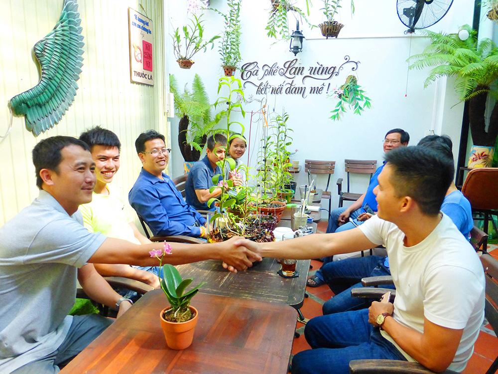 Hoa lan phi điệp đột biến 5 cánh trắng Phú Thọ trong vườn lan rừng của chàng trai An Giang, ai xem cũng trầm trồ - Ảnh 7.