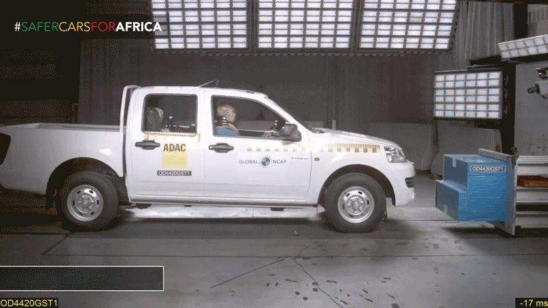 Sốc về độ an toàn của xe bán tải Trung Quốc - Ảnh 1.