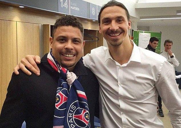 Ibrahimovic có mối quan hệ tốt với huyền thoại Ronaldo.
