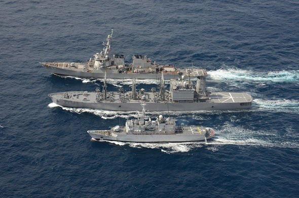 Quân đội Trung Quốc gửi cảnh báo ớn lạnh tới tàu chiến Mỹ - Ảnh 1.
