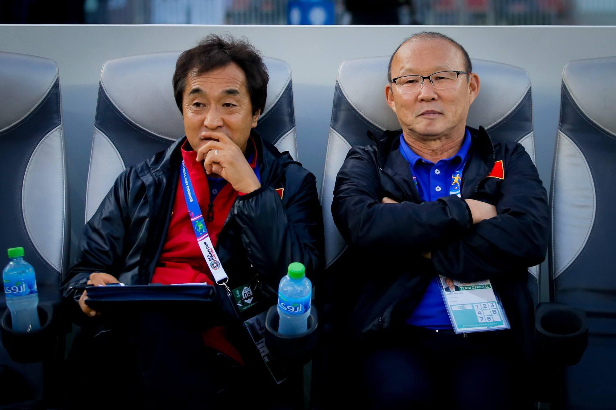 Đây! Lý do thầy Park gắn bó với bóng đá Việt Nam hay không - Ảnh 1.