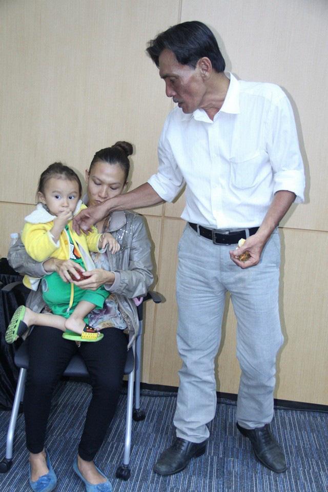 Tuổi U70, diễn viên Thương Tín cấp cứu vì đột quỵ: Sức khỏe giờ ra sao? - Ảnh 4.