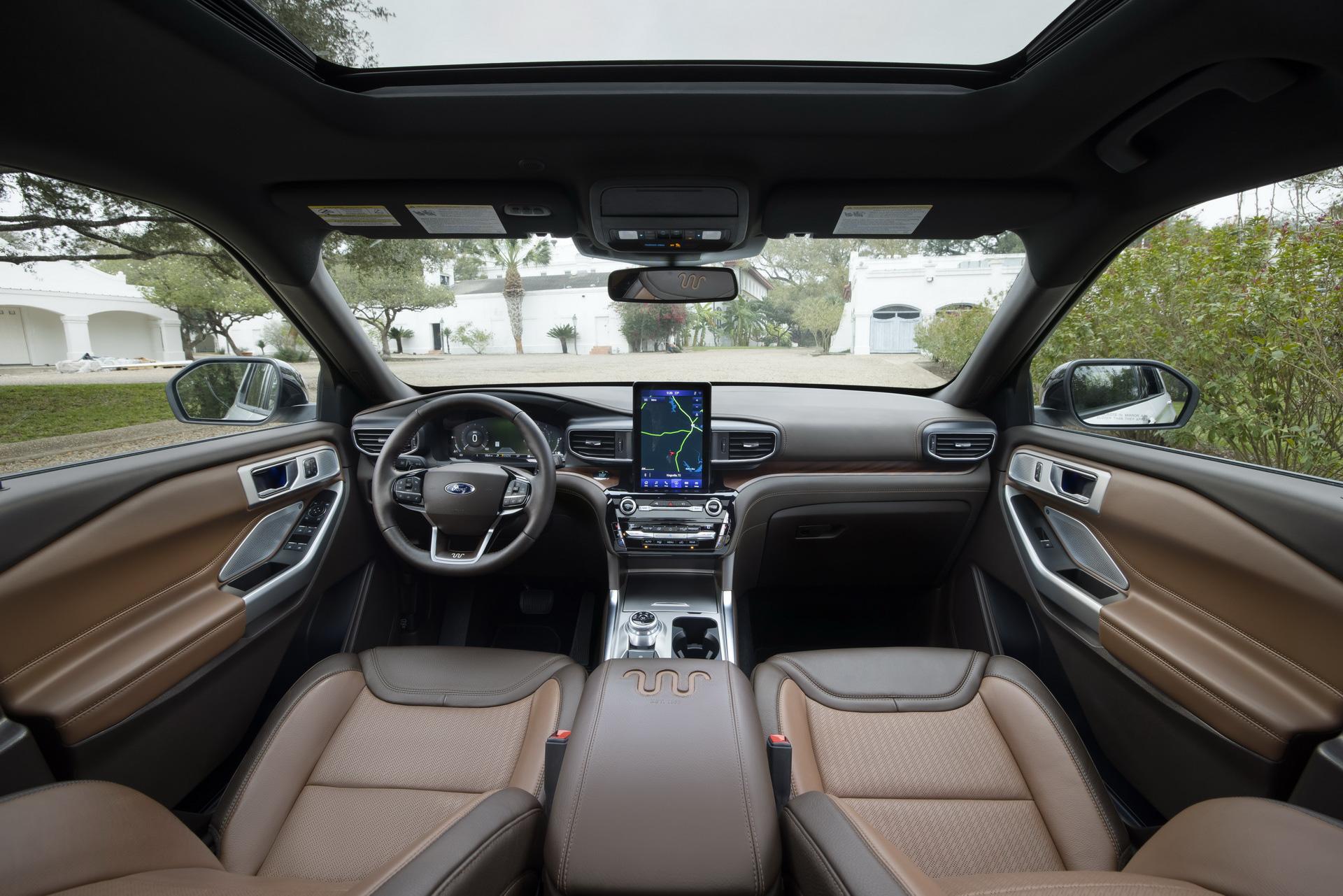 Ford tung dòng SUV khiến Honda CR-V, Mazda CX-5 lo lắng - Ảnh 1.