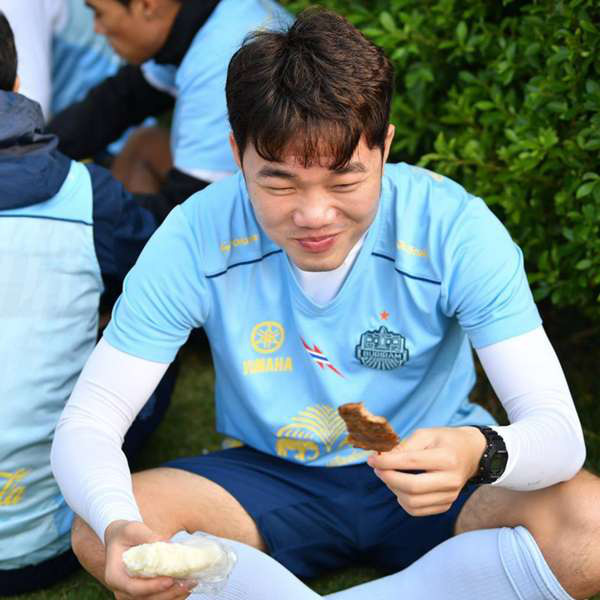 7 cầu thủ Việt Nam xuất ngoại: Người xếp cuối vô danh nhưng lại có danh hiệu - Ảnh 5.