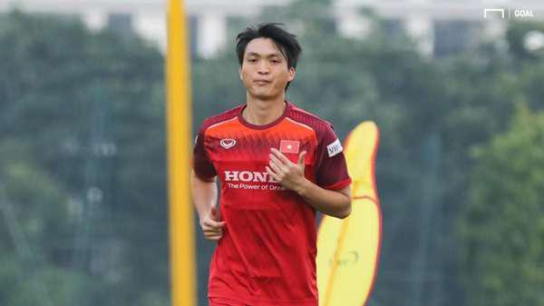 7 cầu thủ Việt Nam xuất ngoại: Người xếp cuối vô danh nhưng lại có danh hiệu - Ảnh 6.