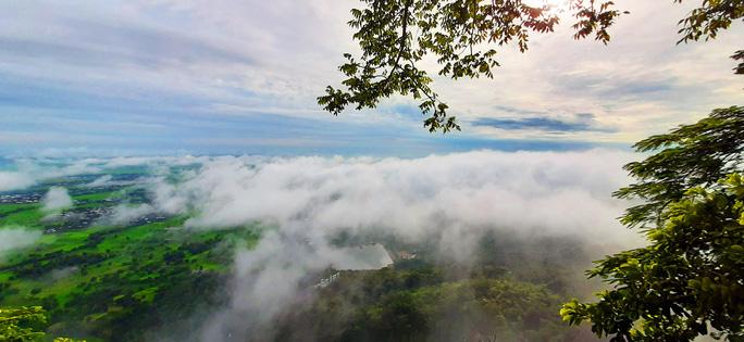Lên đỉnh núi Cô Tô-1 trong 7 ngọn núi nổi tiếng nhất tỉnh An Giang sao lại thót tim, nín thở - Ảnh 6.