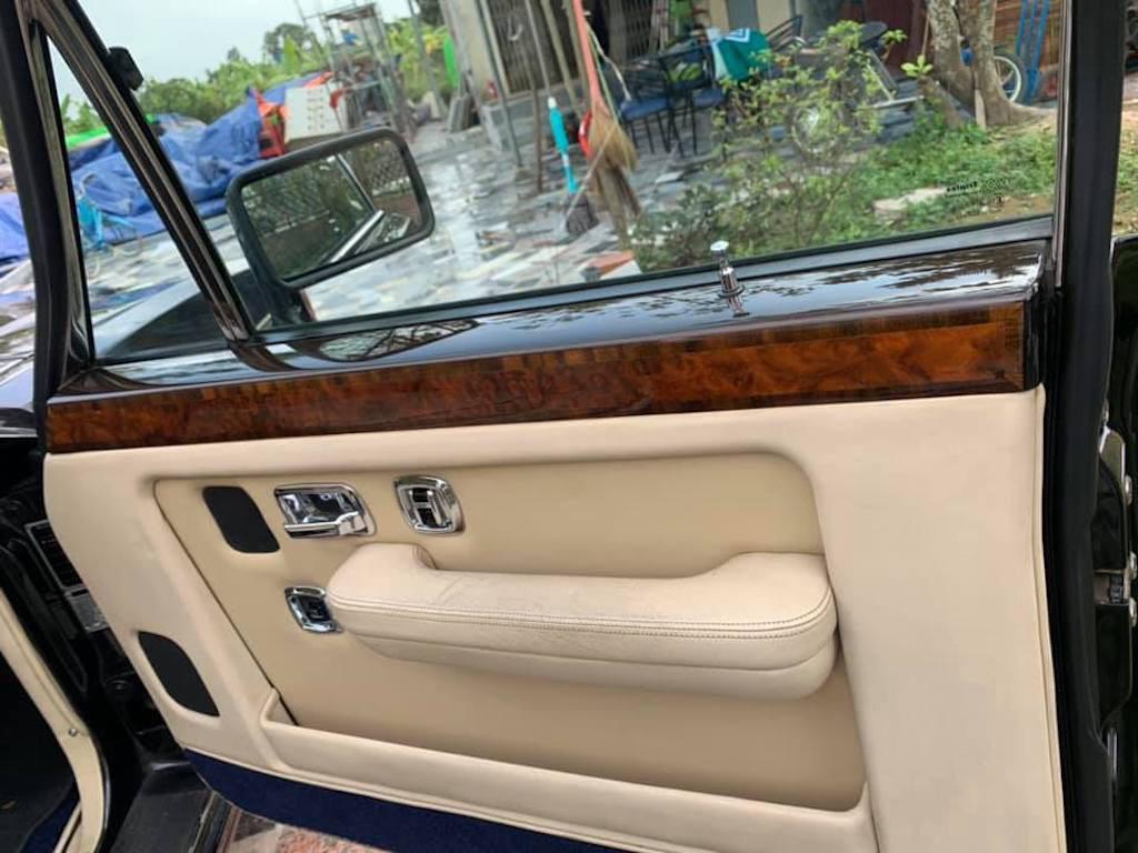 Xe sang Bentley cổ hàng hiếm của đại gia Việt vẫn có giá sốc - Ảnh 11.