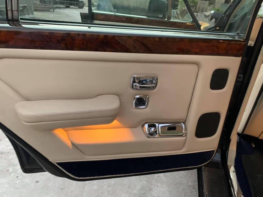 Xe sang Bentley cổ hàng hiếm của đại gia Việt vẫn có giá sốc - Ảnh 13.