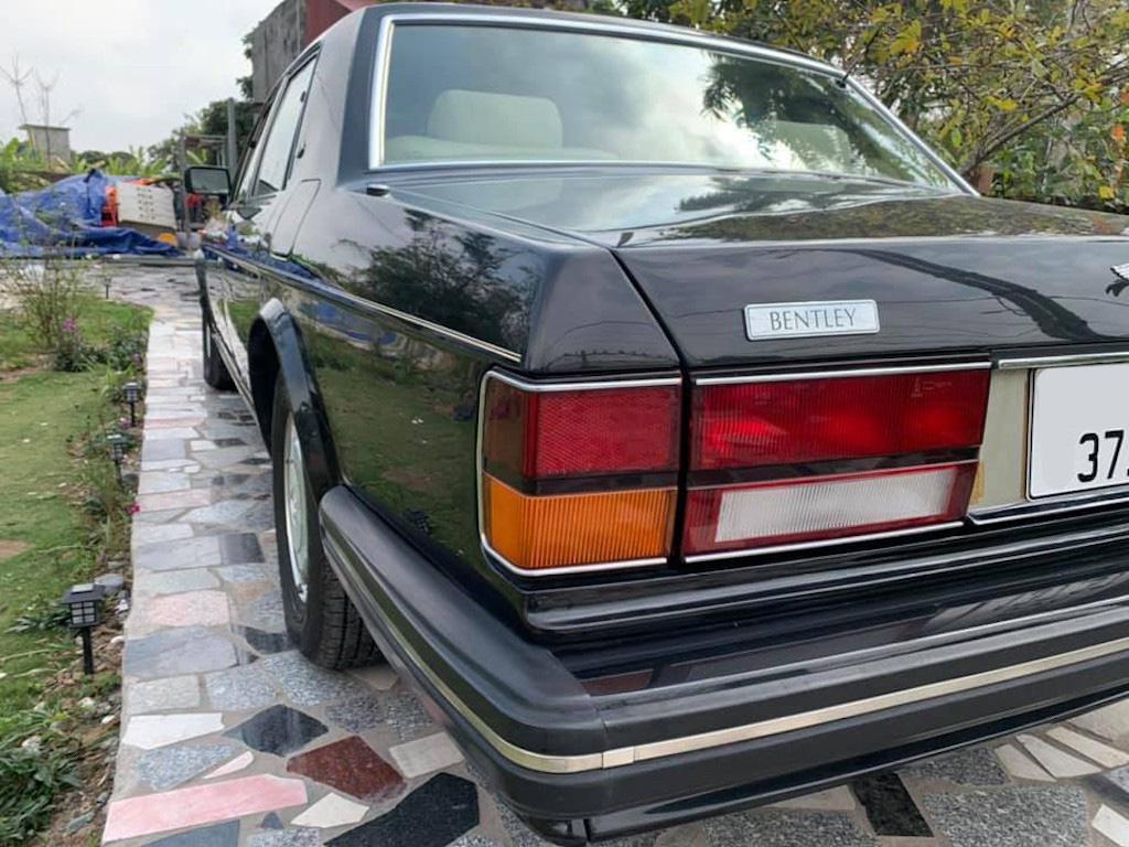 Xe sang Bentley cổ hàng hiếm của đại gia Việt vẫn có giá sốc - Ảnh 14.