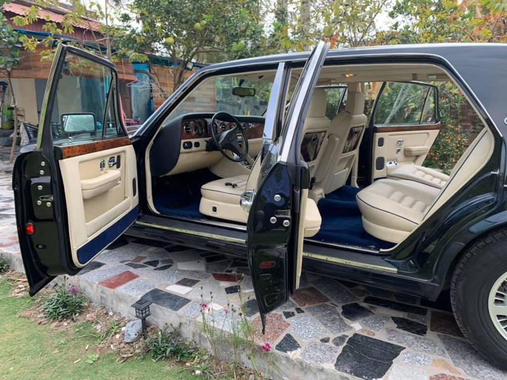 Xe sang Bentley cổ hàng hiếm của đại gia Việt vẫn có giá sốc - Ảnh 6.