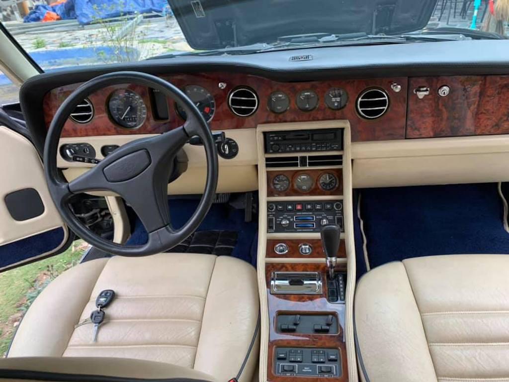 Xe sang Bentley cổ hàng hiếm của đại gia Việt vẫn có giá sốc - Ảnh 7.