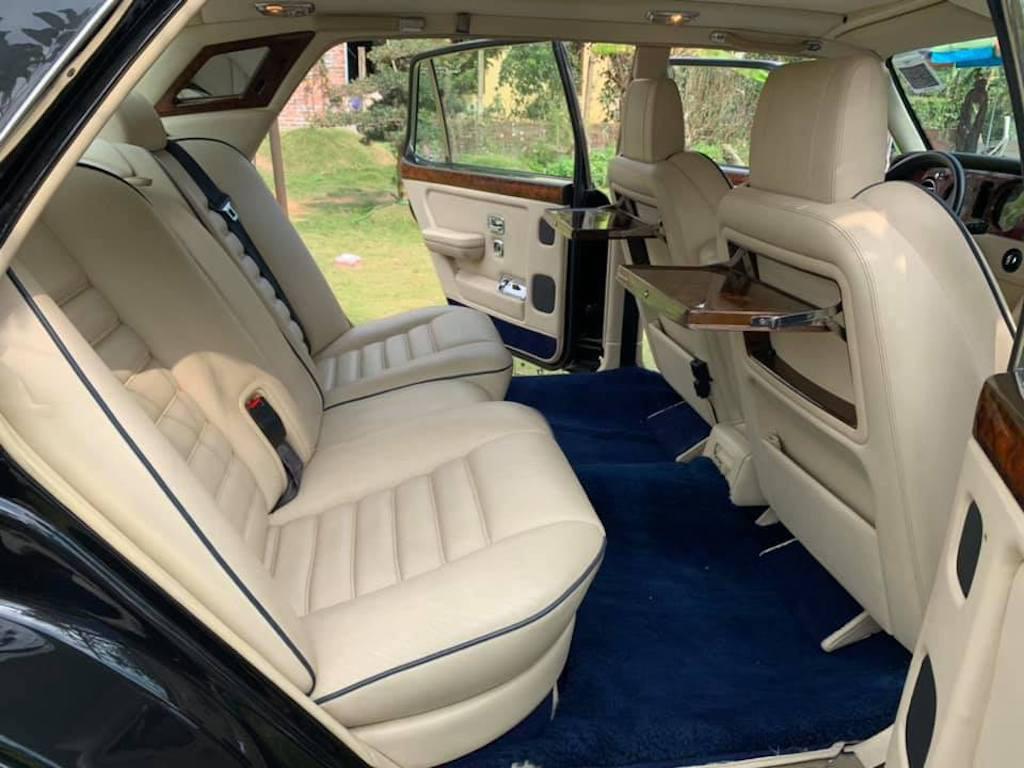 Xe sang Bentley cổ hàng hiếm của đại gia Việt vẫn có giá sốc - Ảnh 10.