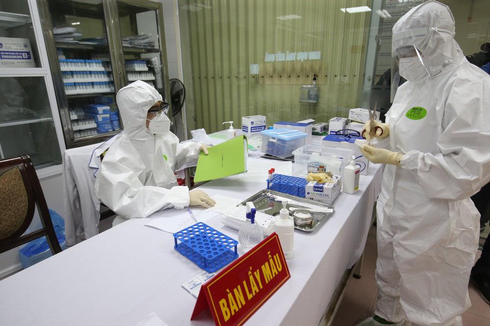 Vắc-xin Covivac của Việt Nam có giá không quá 60.000 đồng/liều - Ảnh 1.