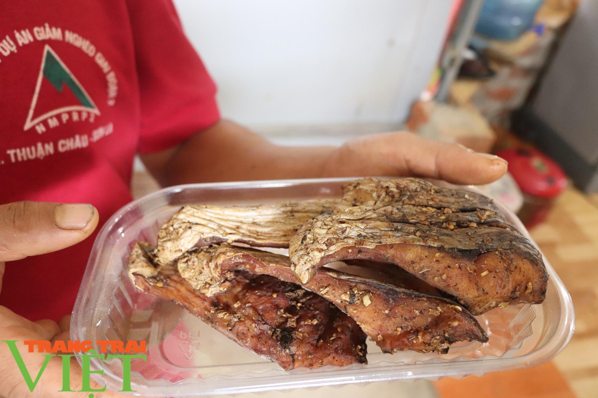 Đặc sản cá hun khói Chiềng La - Ảnh 4.