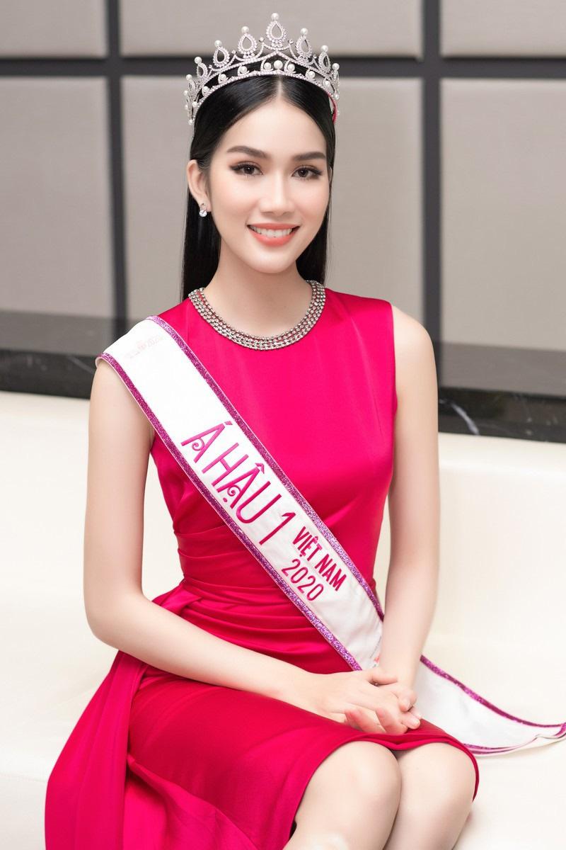 Á hậu dự thi Miss International 2021: Đi 21 nước, thông thạo 3 ngoại ngữ - Ảnh 13.