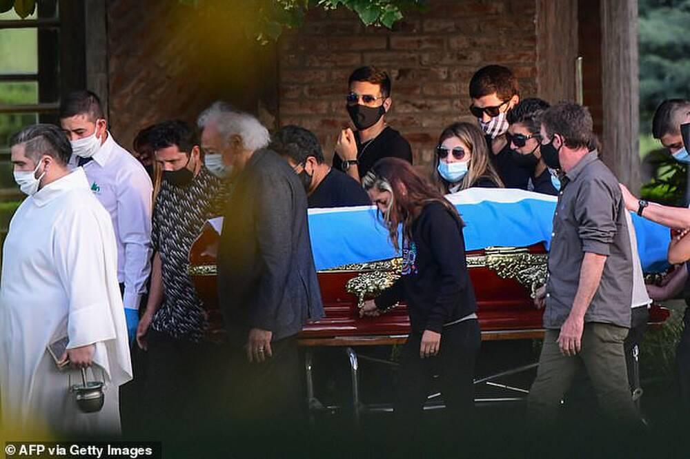 Xuất hiện đoạn video cuối cùng về huyền thoại Maradona trước khi qua đời - Ảnh 2.