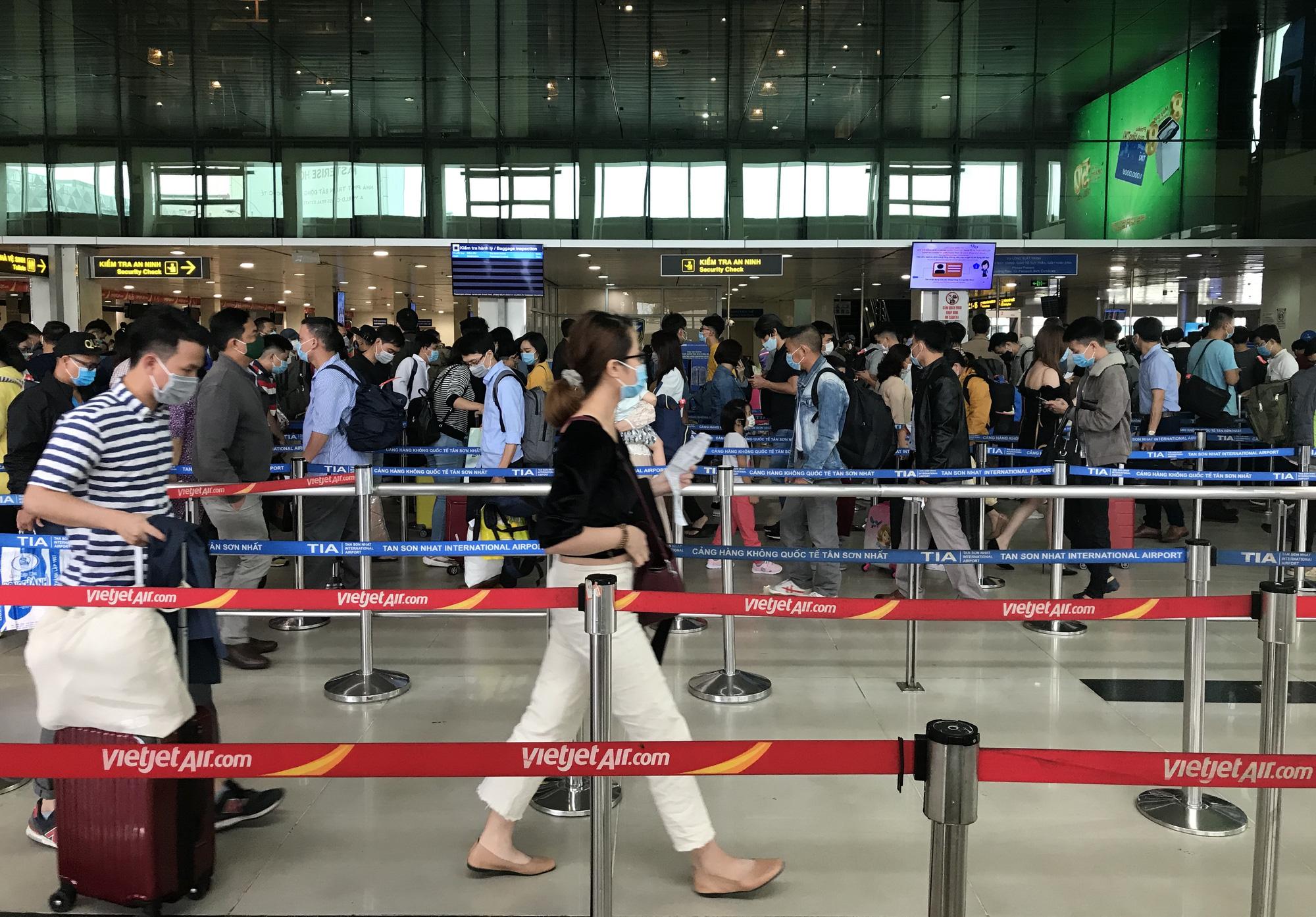 Giá vé bay Tết Tân Sửu: Vietnam Airlines, Vietjet, Bamboo Airways giảm không phanh, chỉ còn vài trăm nghìn đồng - Ảnh 3.