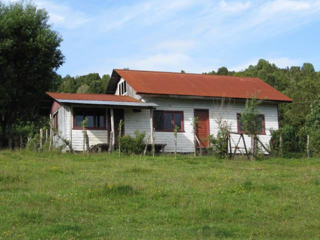 Điều kiện, mẫu đơn xin xây nhà tạm trên đất nông nghiệp năm 2021 - Ảnh 1.