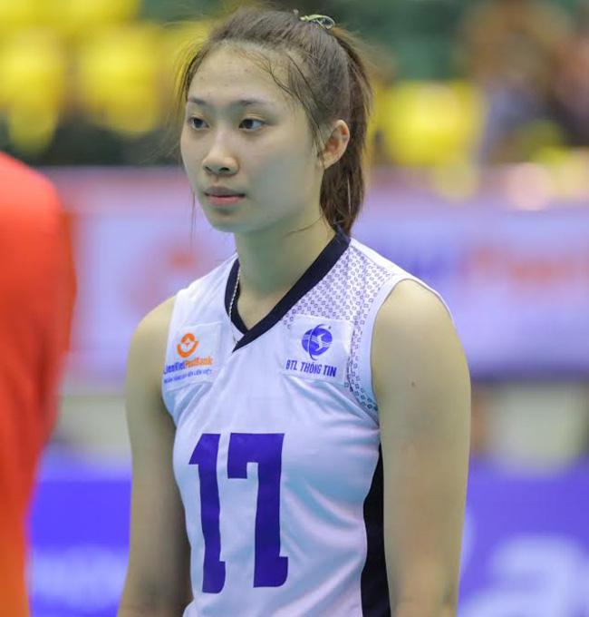 Tại giải U19 Châu Á năm 2016, Nguyệt Anh là nhân tố quan trọng cùng đội tuyển U19 Việt Nam có được chiến thắng lịch sử trước U19 Hàn Quốc.