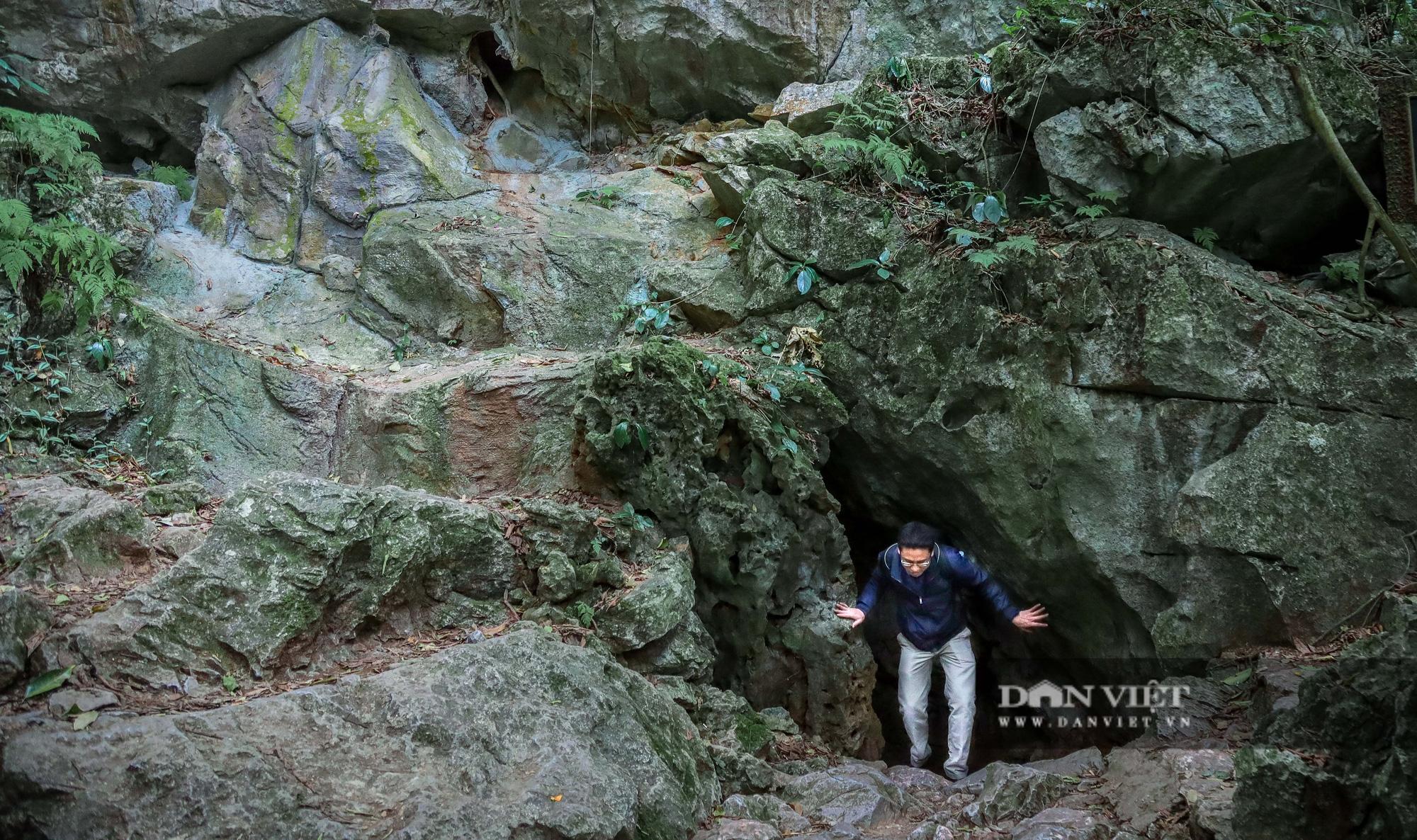 Cận cảnh hang động bí mật nơi hoạt động cách mạng của Bác Hồ - Ảnh 1.