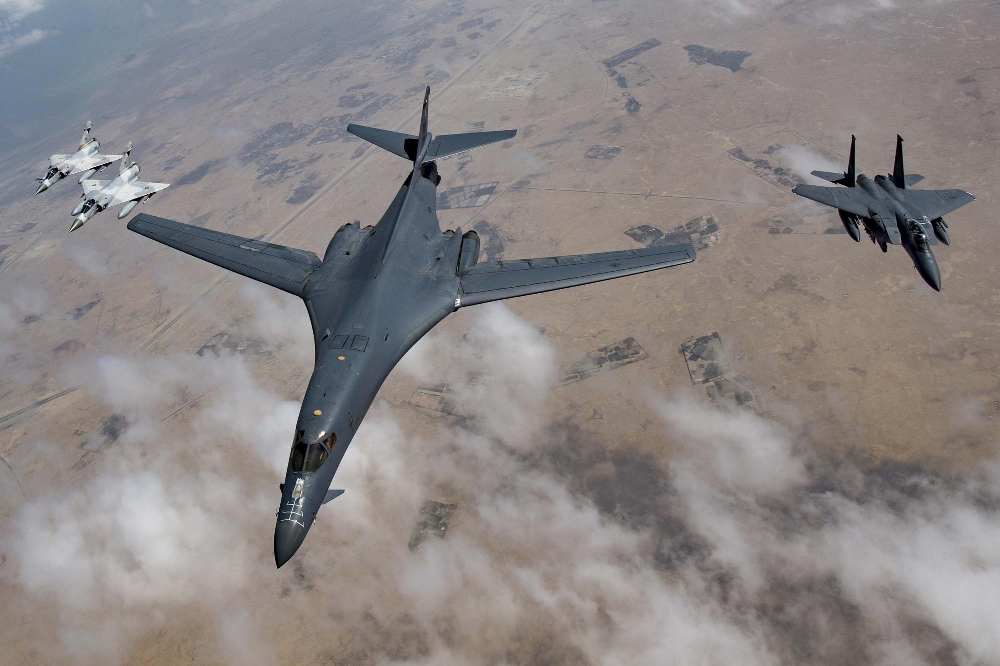 """Tiết lộ âm mưu của quân đội Mỹ nhằm """"gây áp lực"""" với Nga - Ảnh 1."""