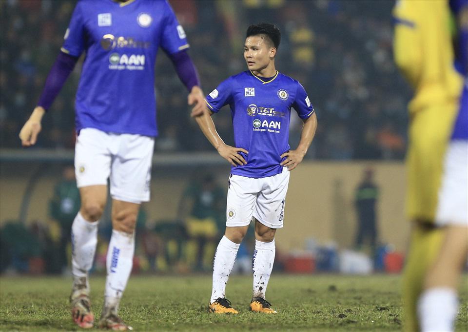 """NÓNG: Quang Hải trở thành đồng đội của """"Messi Thái"""", đối đầu Đặng Văn Lâm tại Nhật? - Ảnh 1."""