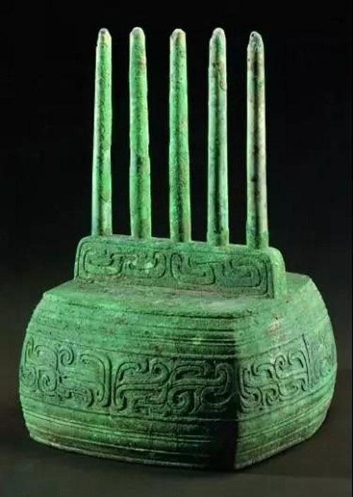 """4 cổ vật văn hóa """"bí ẩn nhất trong lịch sử"""", bị nghi ngờ """"xuyên không"""", khiến giới chuyên môn khó lý giải - Ảnh 1."""