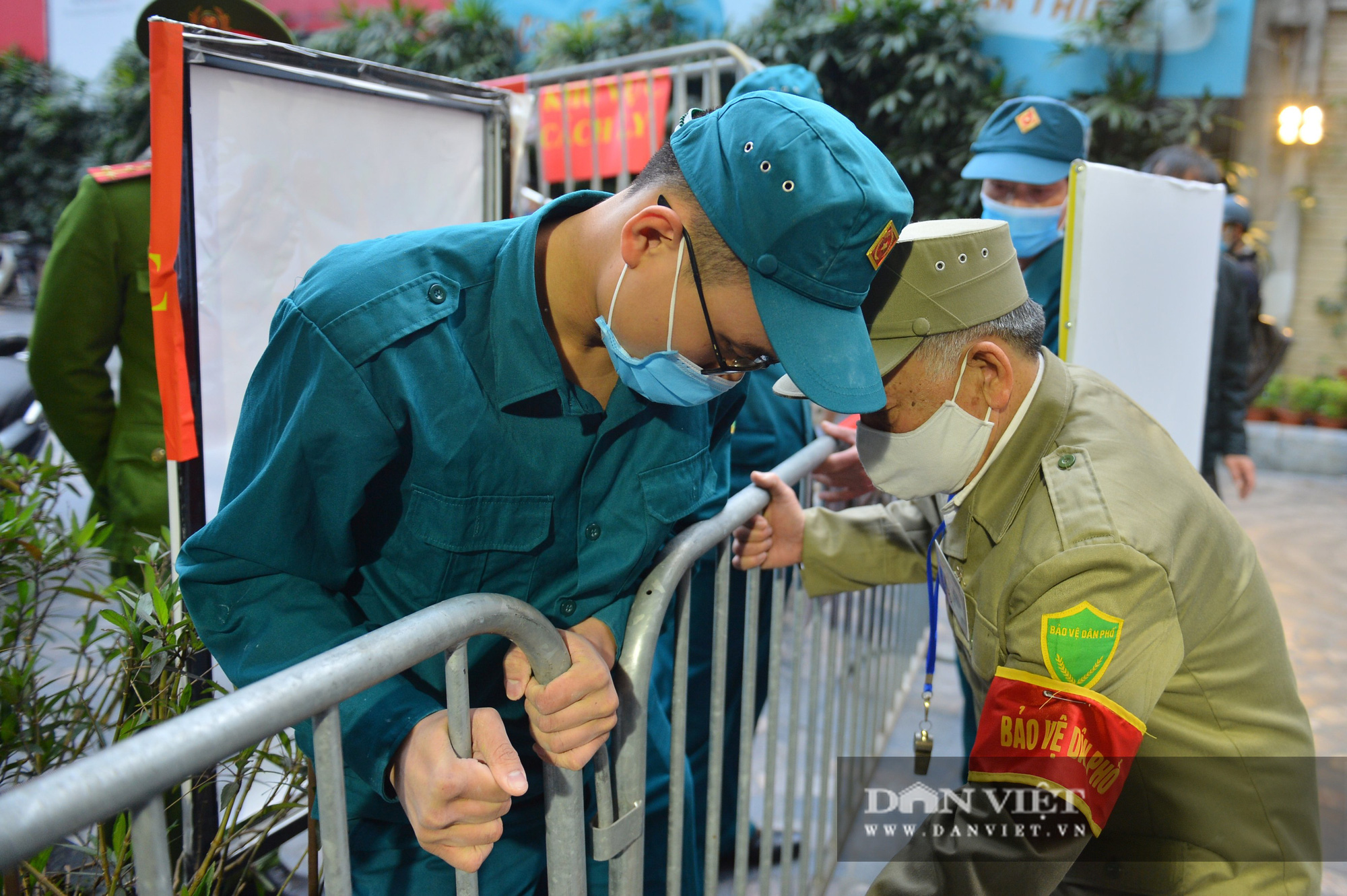 Dỡ cách ly cho gần 1.000 cư dân tại số 88 Láng Hạ - Ảnh 5.