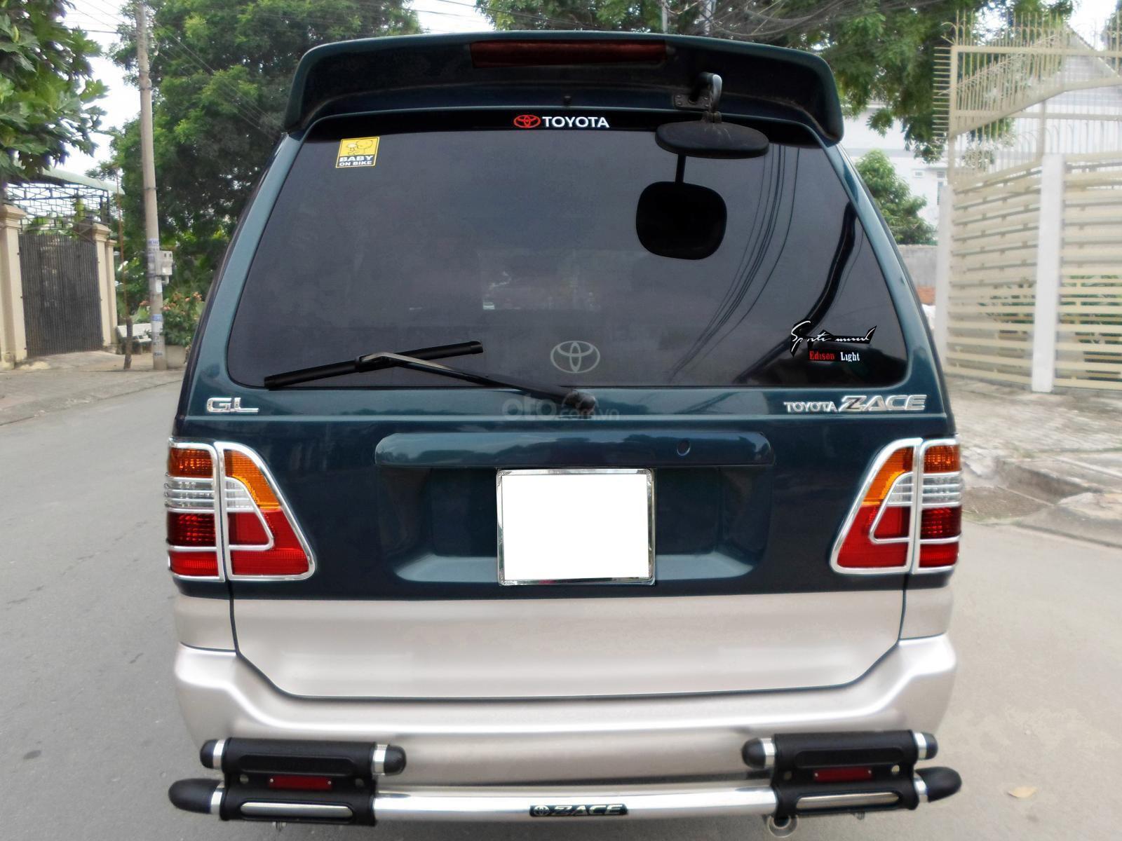 Thiết kế đuôi xe Toyota Zace 2005 1