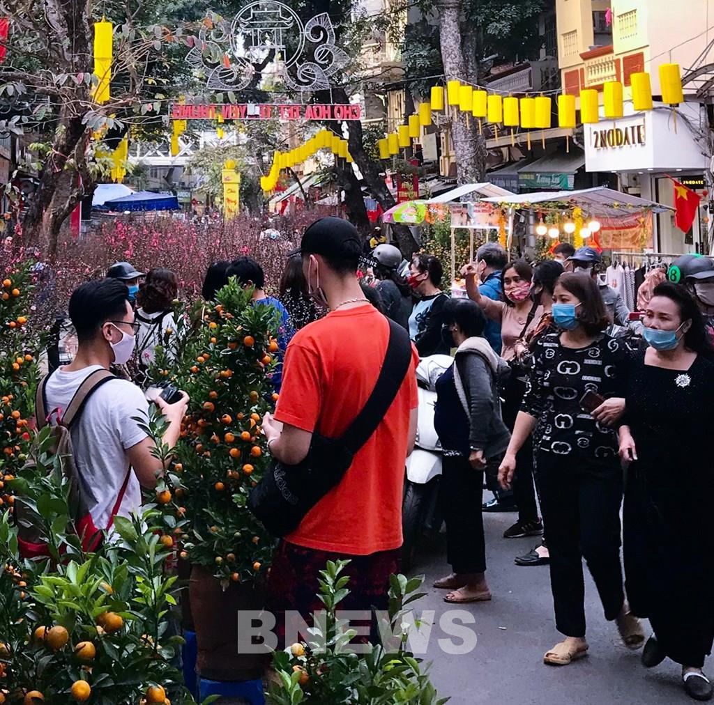 """Phiên chợ cực """"độc"""": Chỉ họp duy nhất 1 lần trong năm ở giữa lòng Thủ đô Hà Nội - Ảnh 7."""
