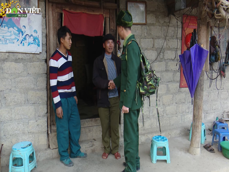 Những người lính quân hàm xanh làm công tác Đảng - Ảnh 3.