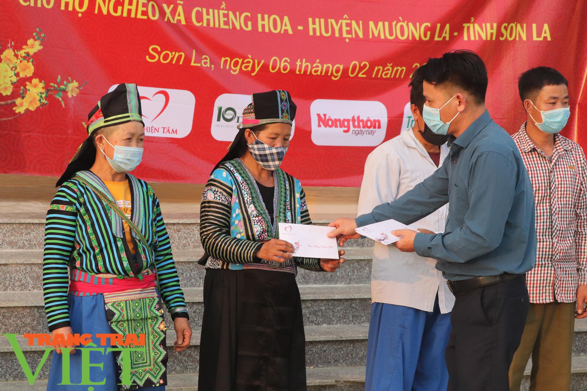 Báo NTNN/Dân Việt/Trang Trại Việt chung tay lo tết với nông dân nghèo Sơn La  - Ảnh 4.