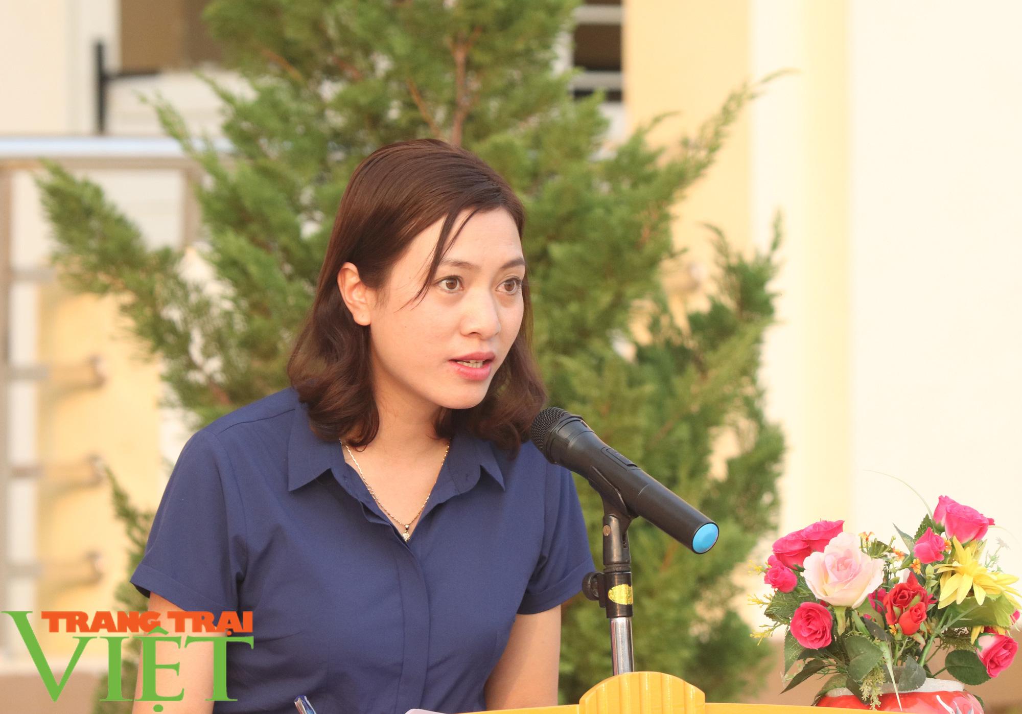 Báo NTNN/Dân Việt/Trang Trại Việt chung tay lo tết với nông dân nghèo Sơn La  - Ảnh 12.
