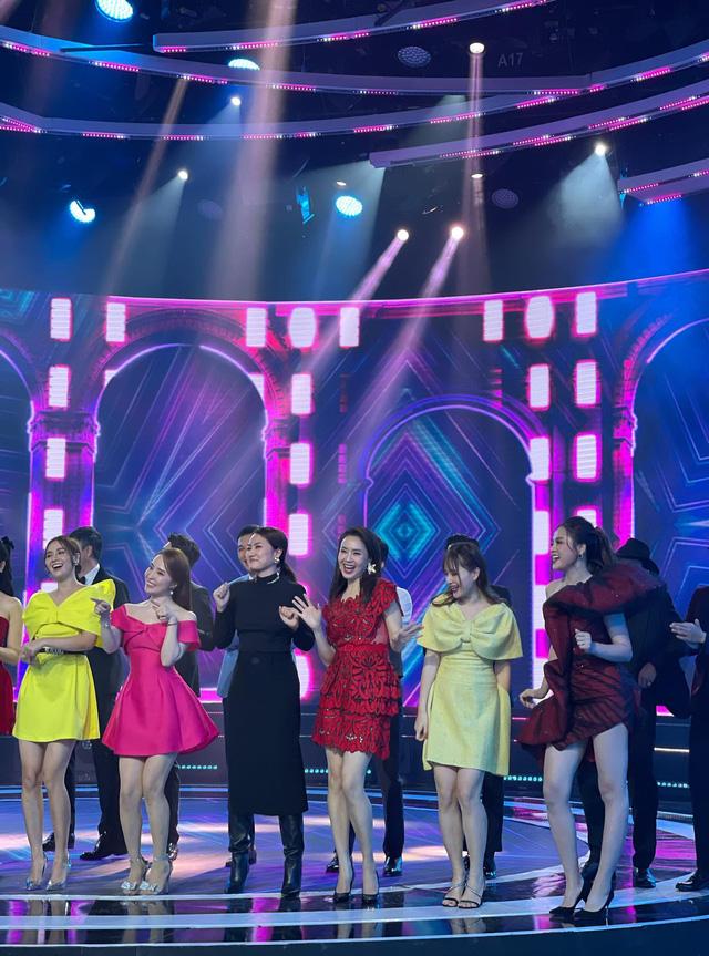 Chương trình truyền hình Tết Nguyên đán Tân Sửu - bùng nổ tiếng cười với cách kết hợp lạ lùng nhất - Ảnh 3.