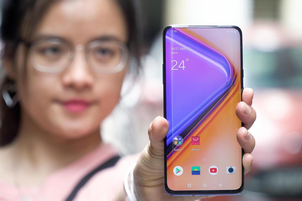 Loạt smartphone cấu hình cao, giá tầm 10 triệu đồng đáng mua - Ảnh 7.