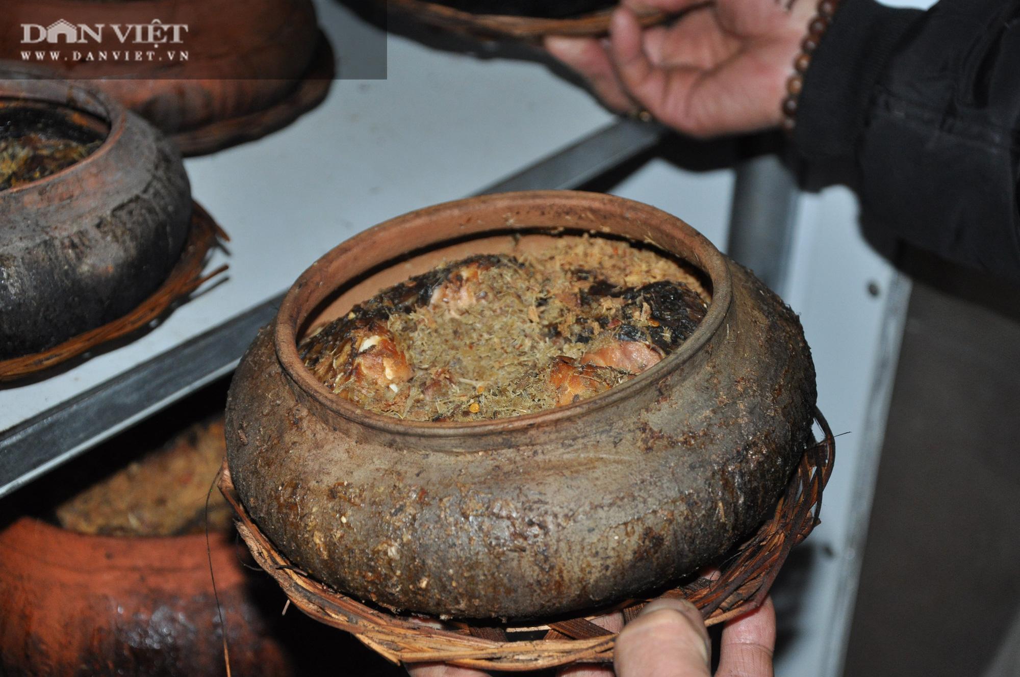 Không ngờ chỉ pha trộn gia vị đơn giản này mà lão nông Hà Nam lại làm được món cá kho ngon nhất Việt Nam - Ảnh 3.
