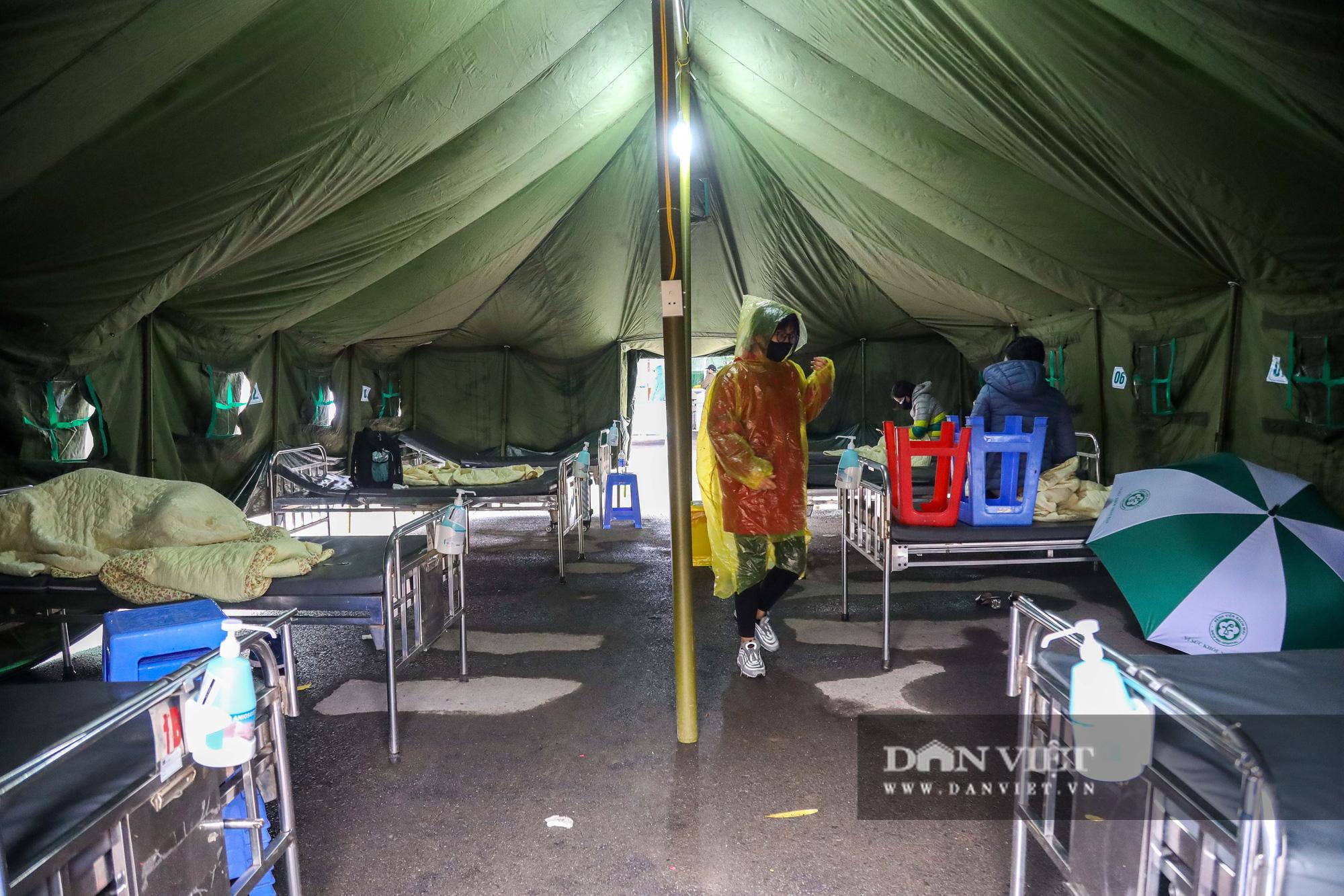 Cận cảnh bệnh viện dã chiến xây trong 4 tiếng ở Hà Nội  - Ảnh 6.