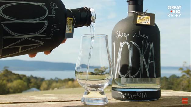 Loại vodka ngon nhất thế giới được làm từ váng sữa cừu - Ảnh 2.