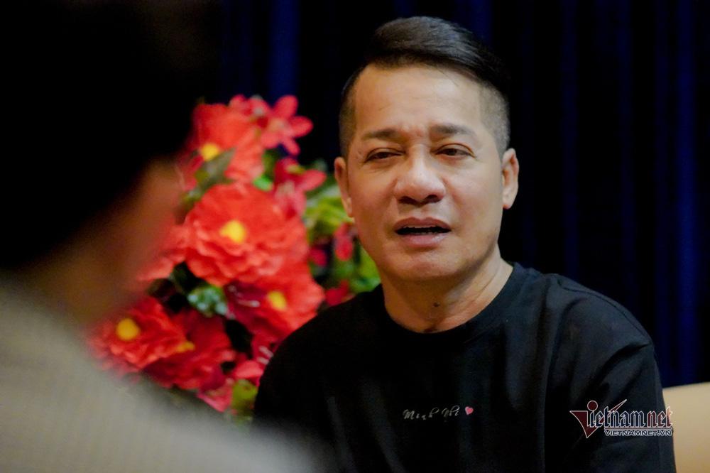 Phút lắng lòng Minh Nhí kể về ba má quá cố.