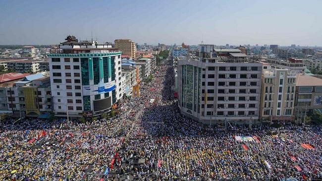 Dòng vốn chuyển hướng sang Việt Nam và Campuchia do chính biến tại Myanmar - Ảnh 1.